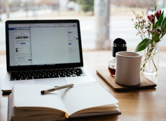 Minustako bloggaaja? Miksi asiantuntijan tai yrittäjän kannattaa blogata?